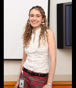 Pilar Arenas 236x605.jpg